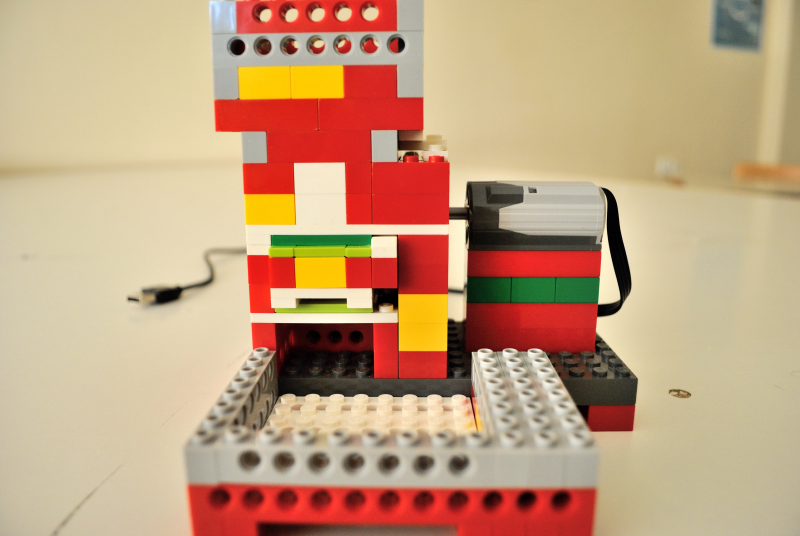 A Lego candy machine for Scratch games | ScratchEd